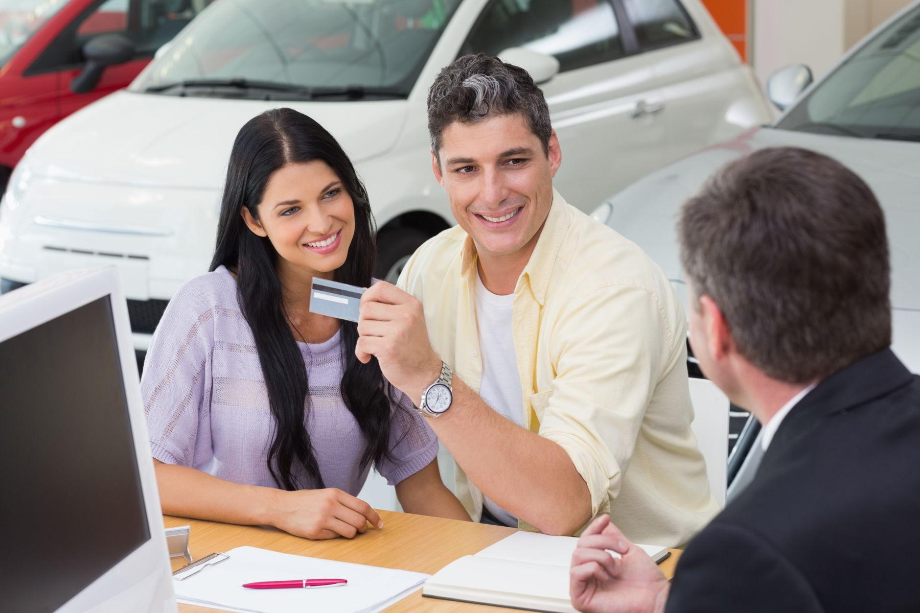 Migliori noleggio auto senza carta di credito